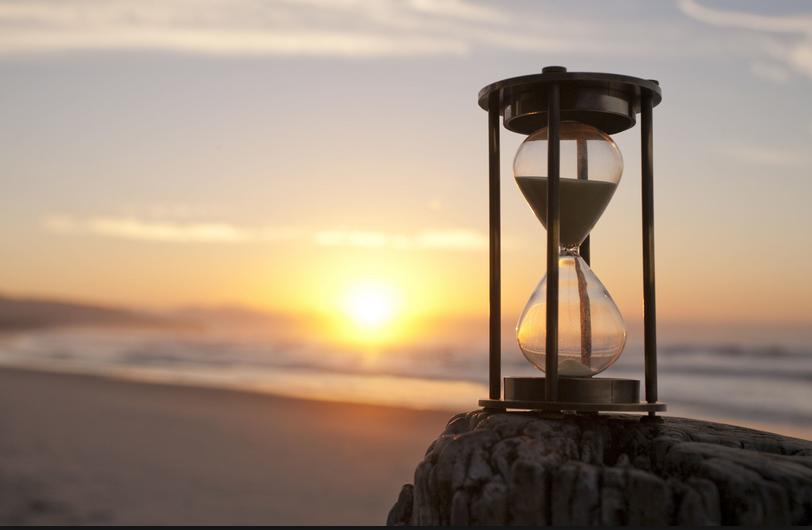 Oasis Hourglass